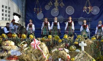 dożynki gminno-parafialne w Krośniewicach